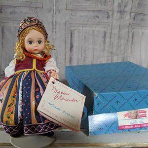 Madame Alexander 527 Latvia doll miniature